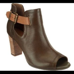 Clarks Artisan Leather Shira Nicole Booties Shoes